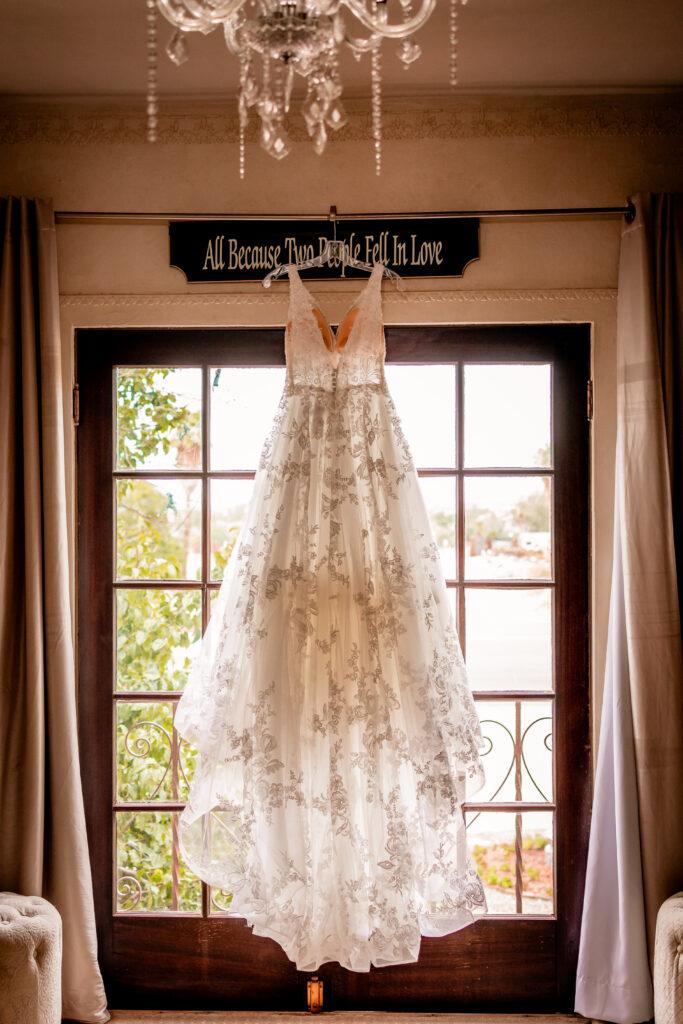 wedding, phoenix, photo, photographer, photography, secret garden, wedgewood, gown, knot, wire, az, arizona