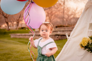grow with me, baby, one year, cake smash, photo, photos, portraits, phoenix, surprise, goodyear, avondale, marley park, glendale, litchfield park, buckeye, waddell, birthday, milestone, 6 month, photographer, photography, candace weir, memories by candace, two second media