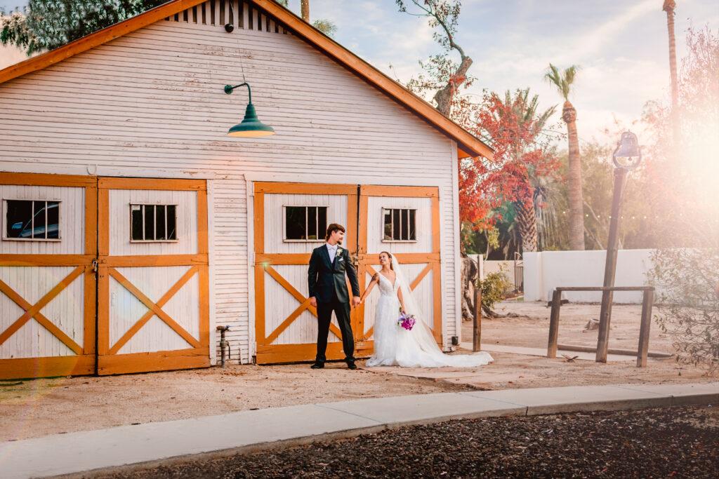 secret garden, phoenix, wedgewood, wedding, photographer, photography, az, arizona, candace weir, memories by candace, photo, big day, knot, wire, couple, engagement, bride, groom, barn, venue, photo, portrait