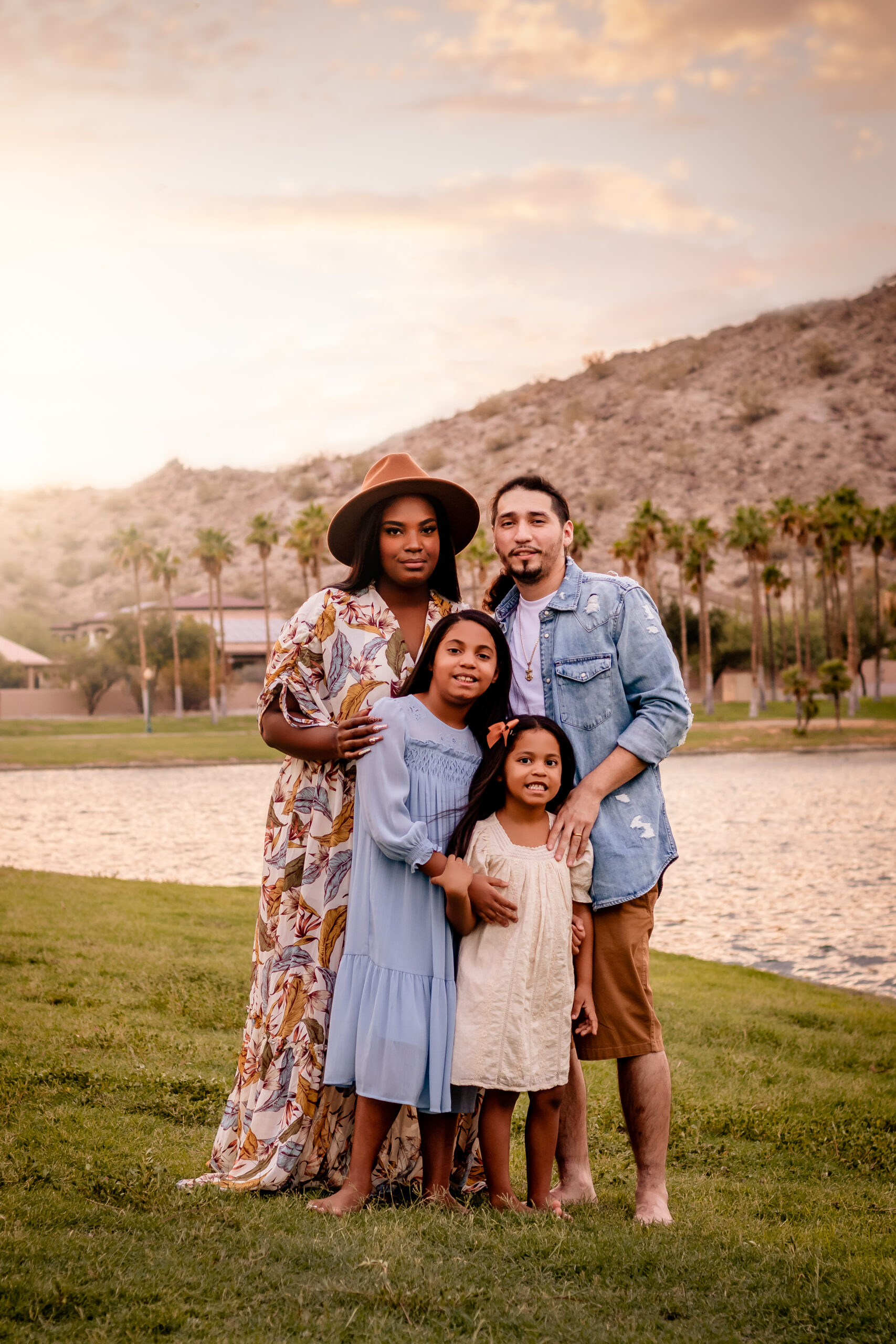 estrella, mountain, ranch, phoenix, goodyear, litchfield park, avondale, buckeye, surprise, glendale, peoria, photographer, photo, photography, family, two second media, memories by candace, lake, south, north
