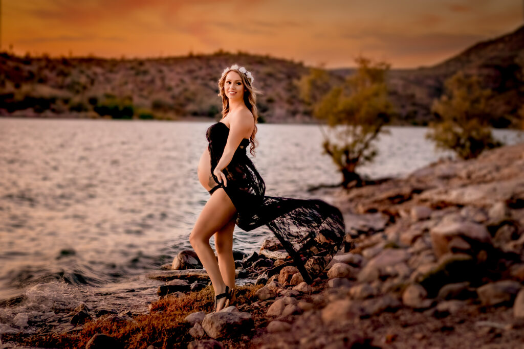 Maternity photographer, Maternity photography, maternity, maternity photos, phoenix, az, White Tank Mountain, Desert Photographer, Lake Pleasant